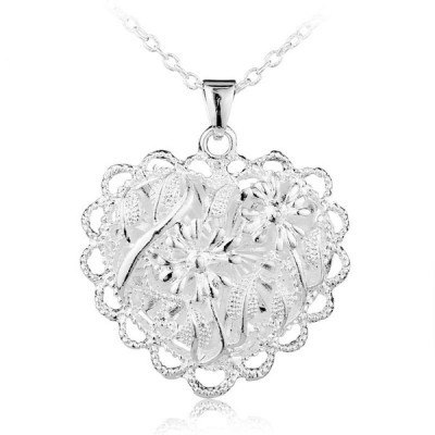 Lovely Flower Hollow Women's Necklace