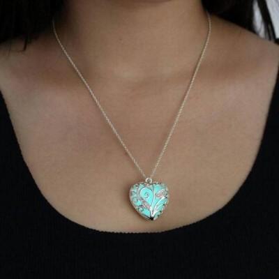 Heart Design Glow in the Dark Necklace