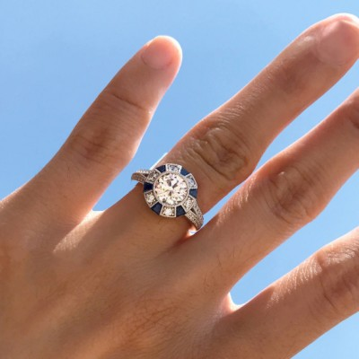 Vintage Round Cut Halo Engagement Rings