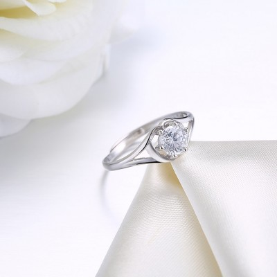 Round Cut Nice White Sapphire S925 Silver Engagement Rings