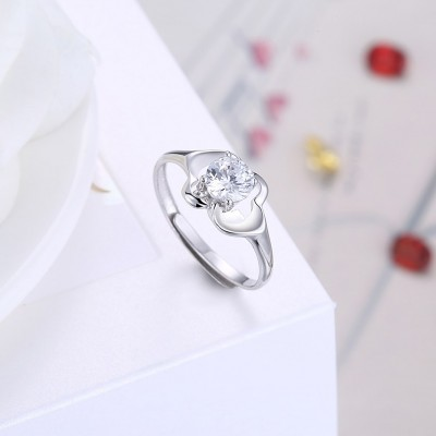Round Cut White Sapphire Lovely S925 Silver Engagement Rings